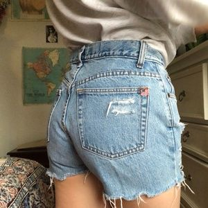 Pants - vintage high waisted jean shorts!